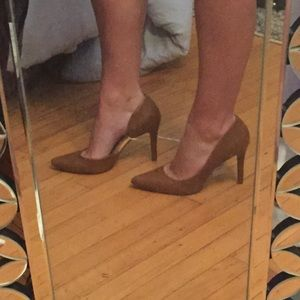 Tan Pointed Heels